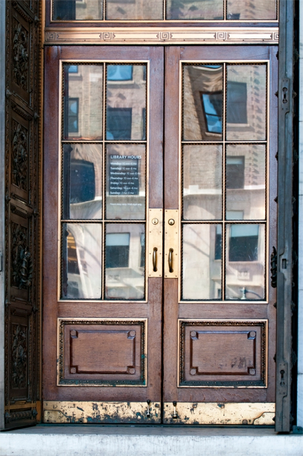 new York Public Library - Side doors