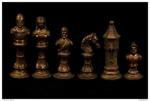 """Chess Set - Black"""