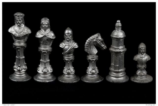 chess-set-white